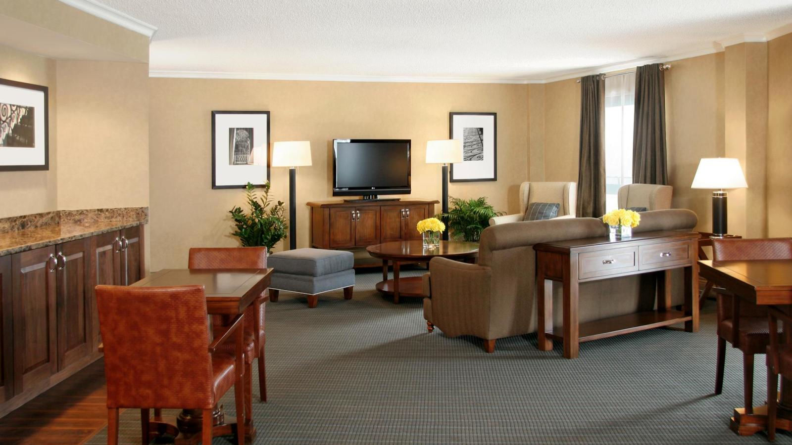 Club Level Guest Rooms